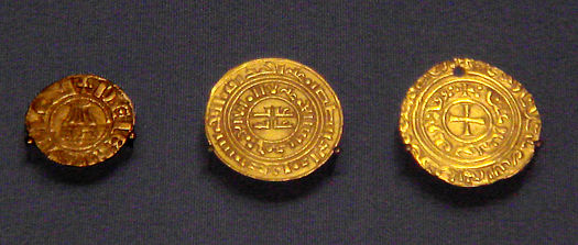 Crusader_coins_of_the_Kingdom_of_Jerusalem.jpg